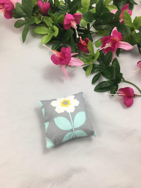 Coussin fleurs 2