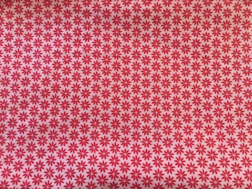 coton rouge avec fleurs